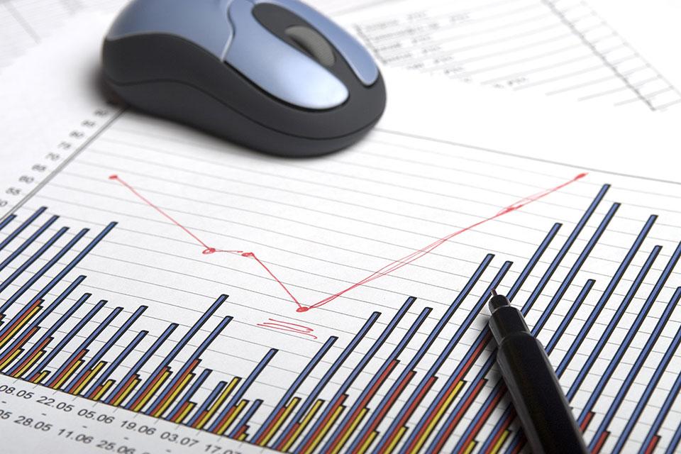 Softwareprogramme erzeugen oft eine Vielzahl unterschiedlichster Kennzahlen, die für das Controlling Ihres Unternehmens eingesetzt werden könnten – messen kann man Vieles.