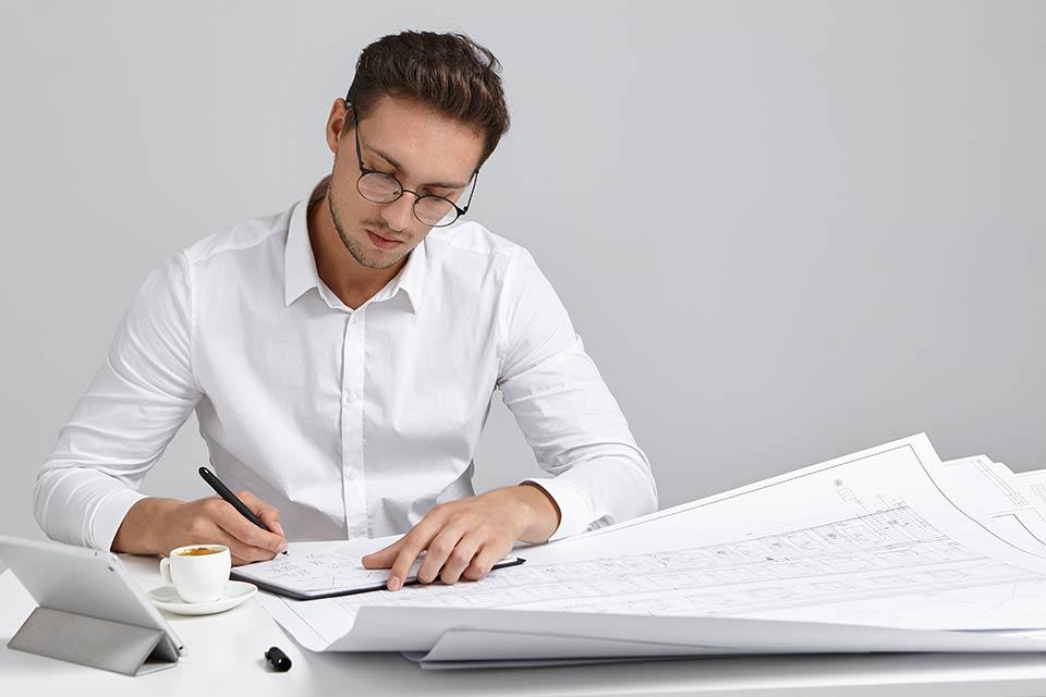 Damit Ihre Kunden sich auch schon bei geleisteten Anzahlungen die Vorsteuer vom Finanzamt holen können, müssen Sie die Umsatzsteuer auf einer Anzahlungsrechnung ebenfalls ausweisen.